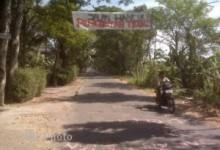 Setelah Baca Spanduk Jalan Desa Tambakan Siap Di Perbaiki