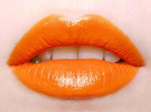 lipstik oranye tren di korea