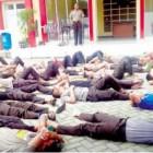 Tidak Sholat, 78 Polisi ini Dijemur di Lapangan