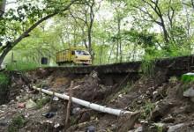 Talud Jalan Alternatif Cawas – Klaten di Desa Planggu Ambrol