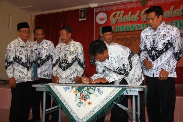 PGRI beridukungan kepada Sugiyanto